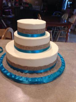 burlap_wedding_cake