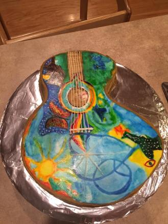 groovy_guitar_cake